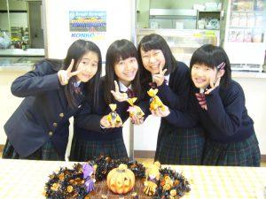 食堂のハロウィンフェアー   金光大阪中学校・高等学校